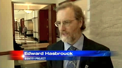 Edward Hasbrouck in KOB-TV news report from the courthouse in Albuquerque